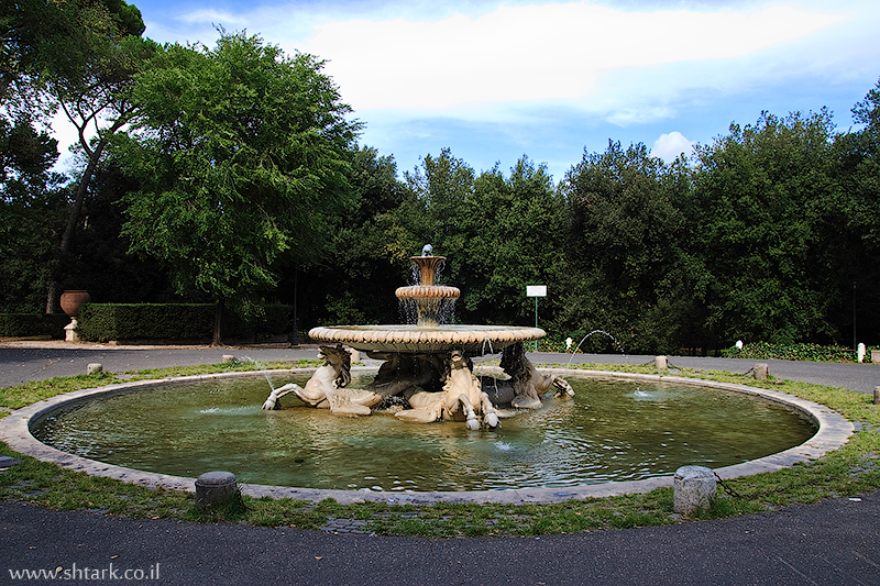 אירופה, איטליה, רומא, פארק וילה בורגזה, מזרקה, שעל הפינצ'ו, Italy, Rome, Roma, Villa Borghese Pinciana gardens, Fontana