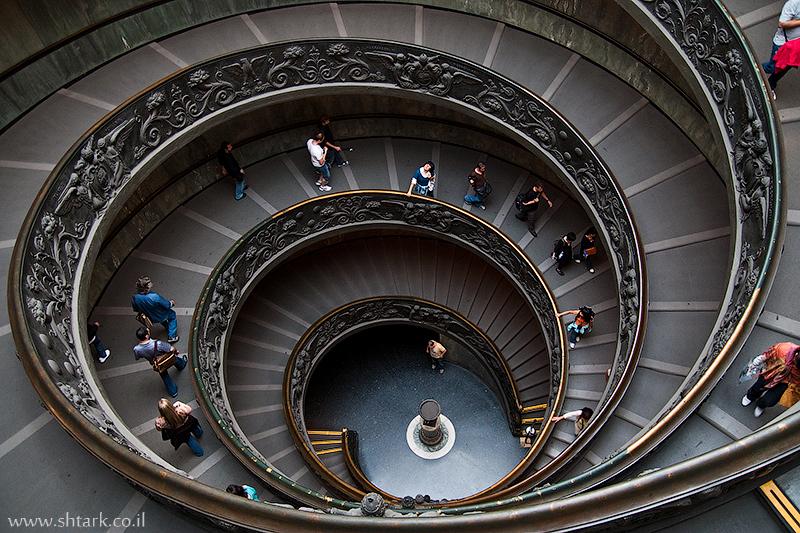 אירופה, איטליה, מדרגות מוזיאון הוותיקן ,  Italy, Rome, Roma, Vatican City, museums, stairs