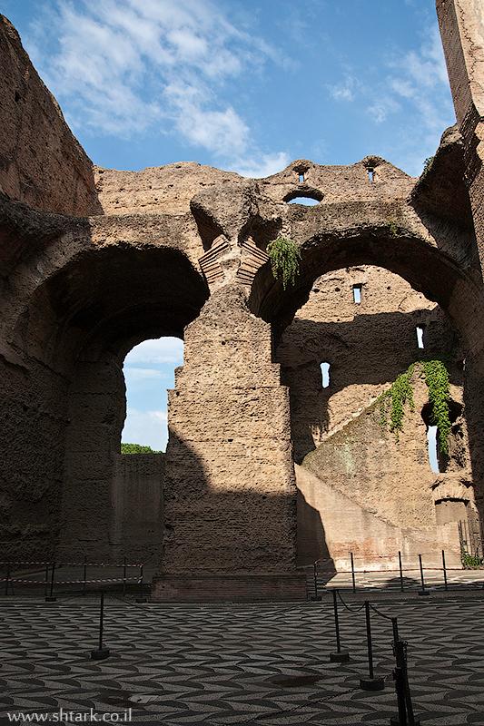 אירופה, איטליה, רומא העתיקה, מרחצאות קרקלה,  Italy, Rome, Caracalla